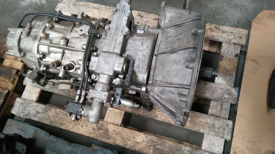Cambio Renault Eaton FS/8209A V